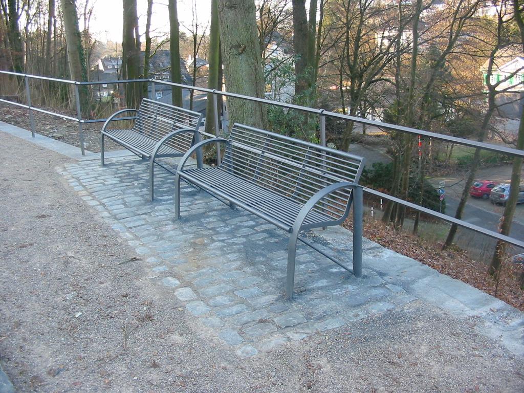 freiraumundgarten_schlosshagen_baenke